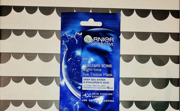 Reviewing the Garnier Moisture Bomb Night-Time Eye Tissue Mask